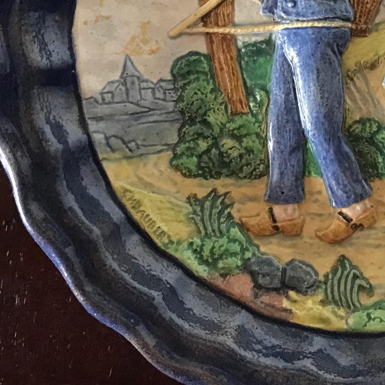 1880 French Country Pair of Navy Blue Edged Folk Art Majolica Decorative Plates For Sale 13