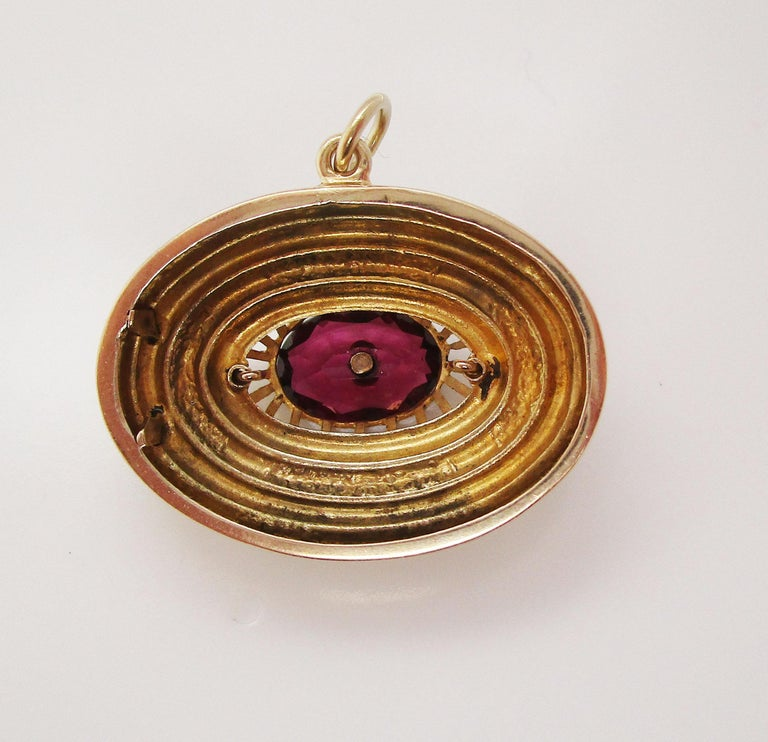 1880 Victorian 14 Karat Yellow Gold Red Garnet and Pearl Pendant For Sale 2