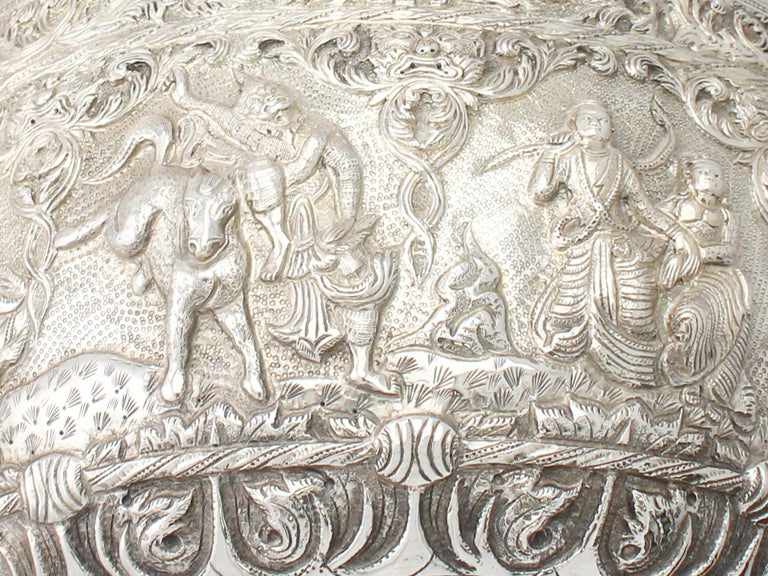 1880s Antique Burmese Silver Thabeik Bowl For Sale 5