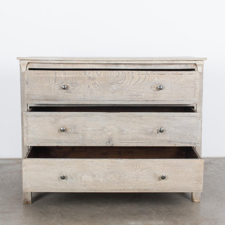 1880s French Oak Chest of Drawers For Sale 5