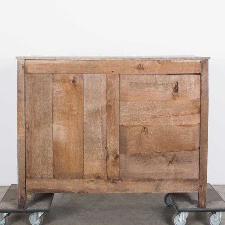 1880s French Oak Chest of Drawers For Sale 3