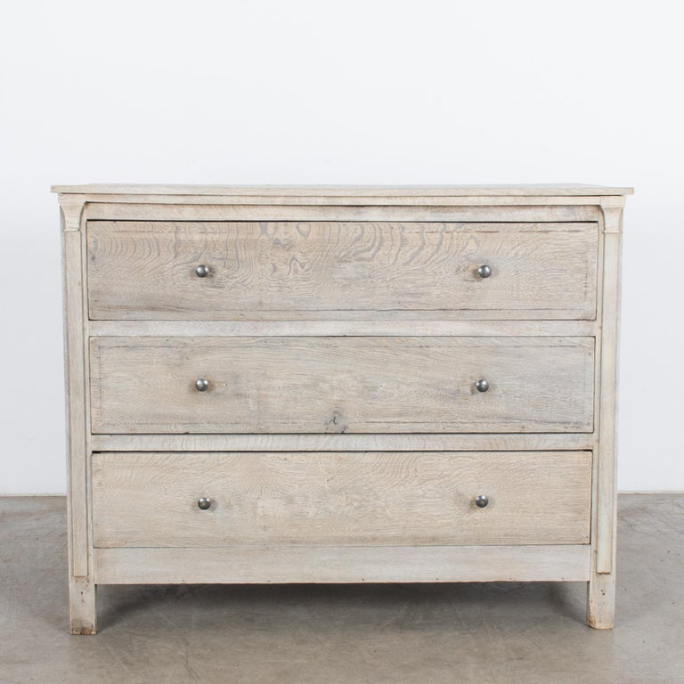 1880s French Oak Chest of Drawers For Sale 4