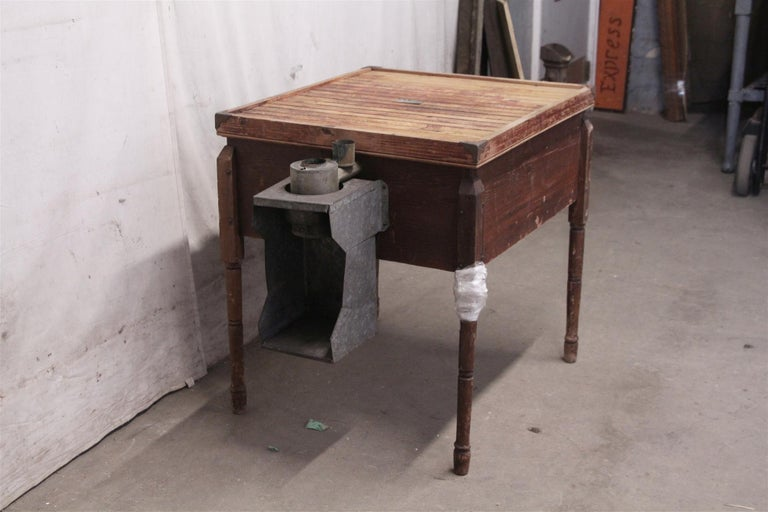 1880s Industrial Hibbard, Spencer, Bartlett & Co. Chicken Egg Incubator Table For Sale 5