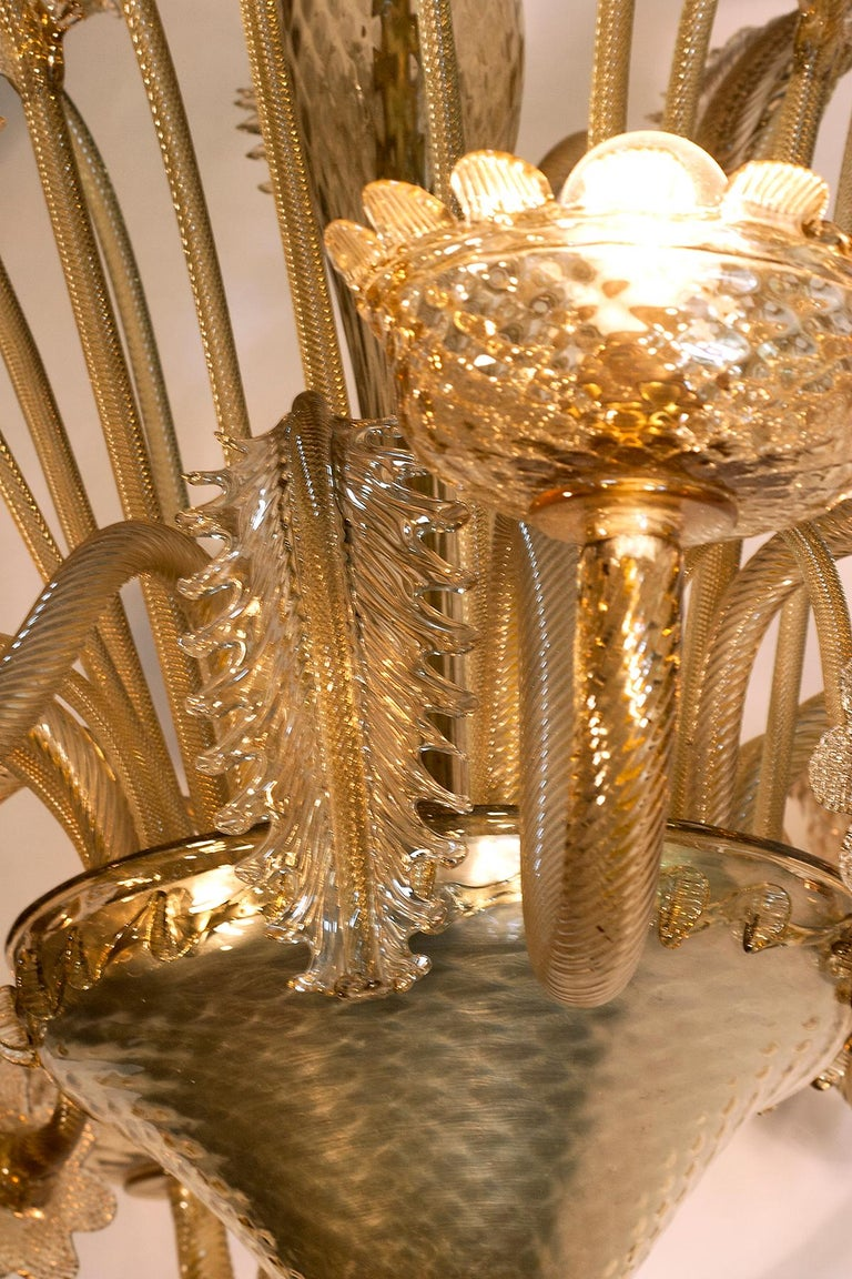 1880s Venetian Murano Champagne or Gold Chandelier In Good Condition For Sale In Oregon, OR