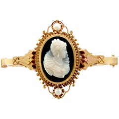 1880s Victorian Cameo Bangle Bracelet with Pearls in Yellow Gold