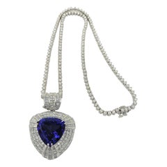 18.82 Carat Tanzanite and Straight Line Diamond Necklace