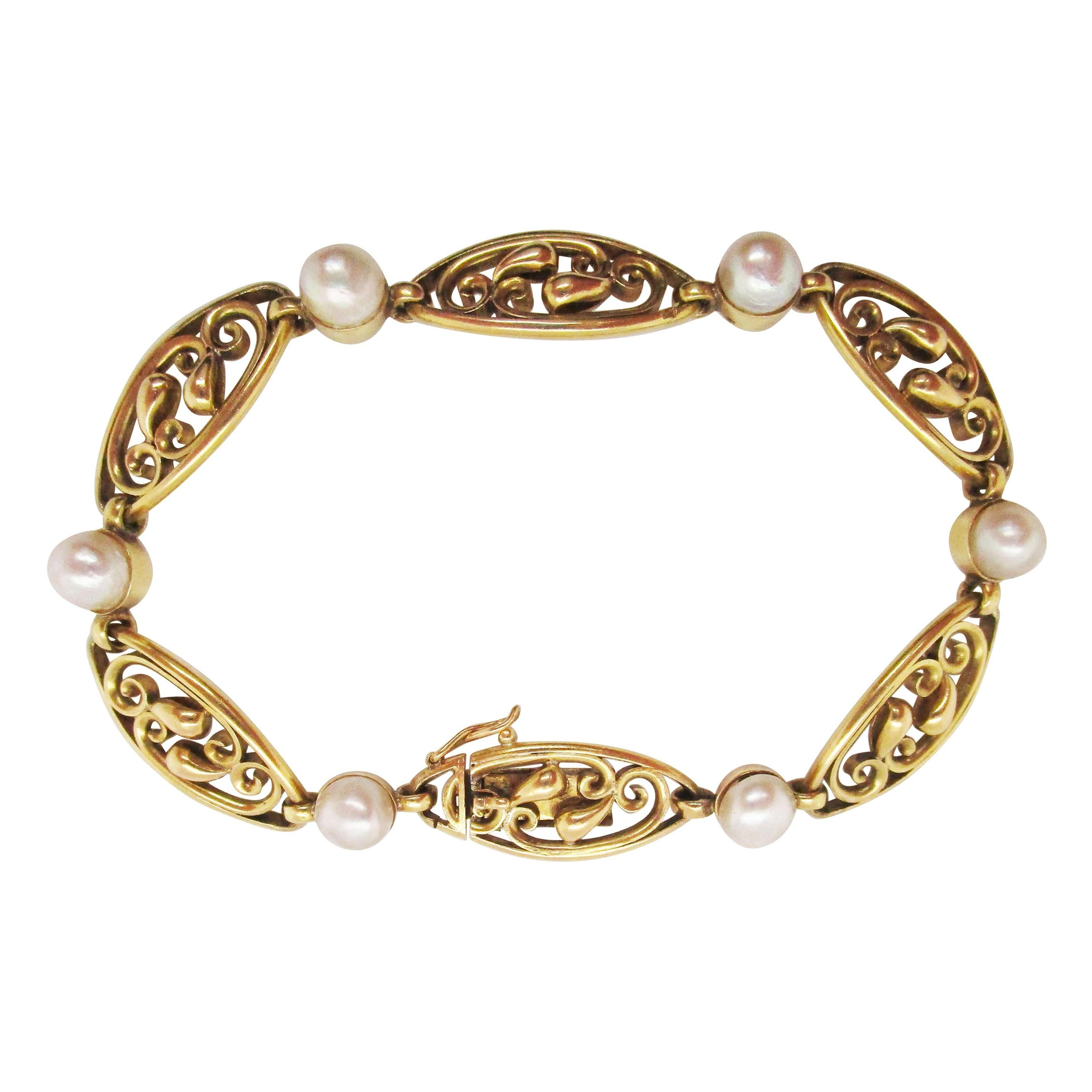 1890 Art Nouveau French 18 Karat Gold and GIA Certified Natural Pearl Bracelet