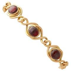 1890s Antique 4.38 Carat Garnet and Yellow Gold Bracelet - Art Nouveau