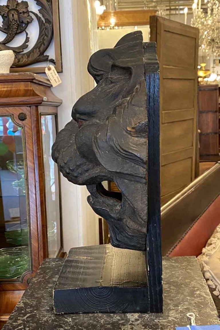 American 1890s Antique Cast Iron Lion Head 3 Dimensional Mounted on a Painted Wood Base For Sale