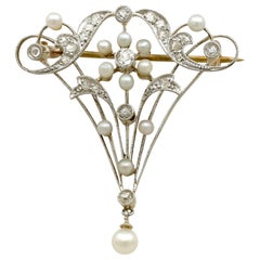 1890s Antique Diamond Pearl and Yellow Gold Brooch Belle Époque