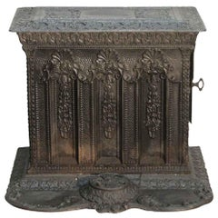 1890s Antique Ornate Victorian Style Detailed Cast Iron Coal Stove