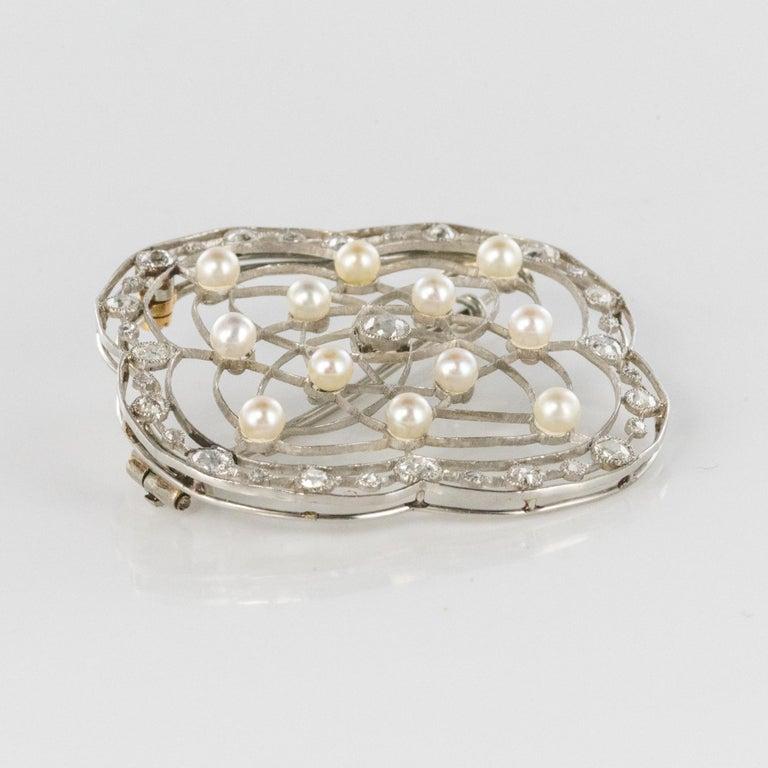 1890s Belle Époque Natural Pearl Diamonds 18 Karat Gold Platinum Brooch For Sale 6