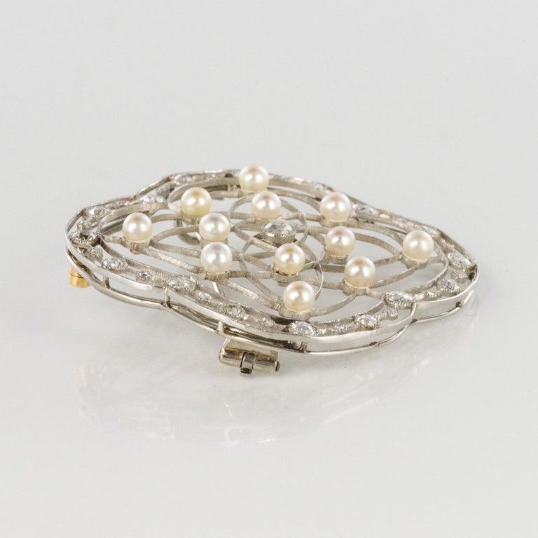 1890s Belle Époque Natural Pearl Diamonds 18 Karat Gold Platinum Brooch For Sale 7