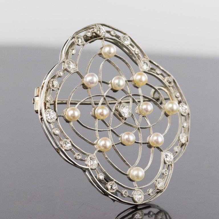 Radiant Cut 1890s Belle Époque Natural Pearl Diamonds 18 Karat Gold Platinum Brooch For Sale