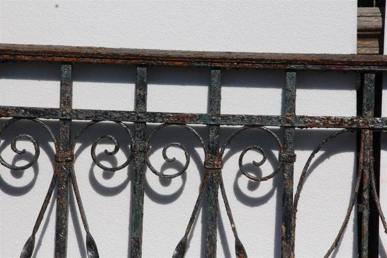 1890er Handgeschmiedetes Eisen Balkongelander Mit Detaillierten
