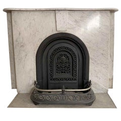 1890s Simple Arched Carrara Marble Mantel from an Early Manhattan Residence