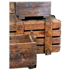 1890s Small Mill Decorative Box/Storage Box 'Closed'