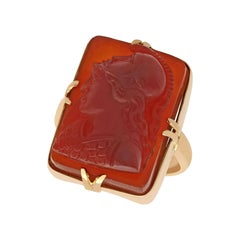 1890s Victorian Agate and Yellow Gold Cameo Ring