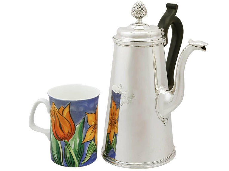 English 1890s Victorian Sterling Silver Coffee Pot For Sale