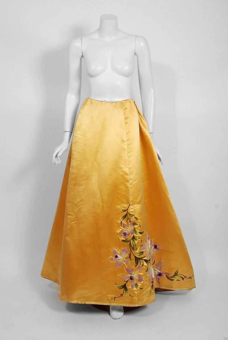 Antique 1895 French Couture Victorian Floral Embroidered Yellow Satin Gown For Sale 4