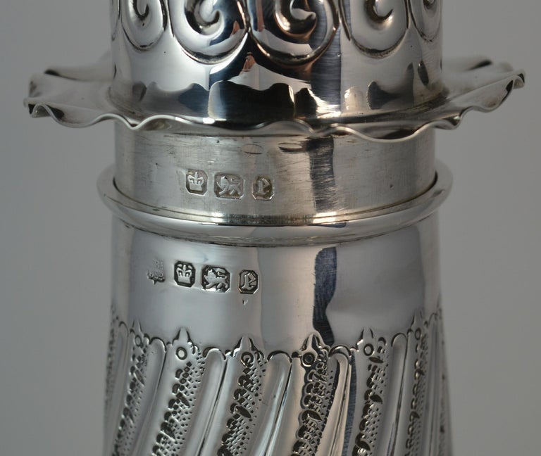 1897 Victorian Heavy Well Made Silver Sugar Castor Caster For Sale 1