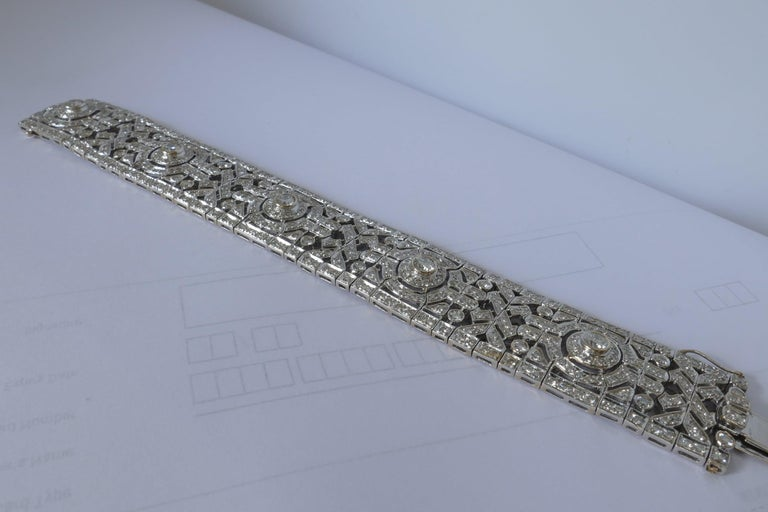 18 Carat Art Deco Style Multi High Level Diamond Bracelet In New Condition For Sale In Splitter's Creek, NSW