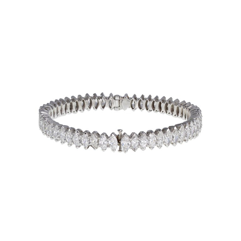 18 Carat Gold Marquise Cut Diamond Bangle For Sale 2