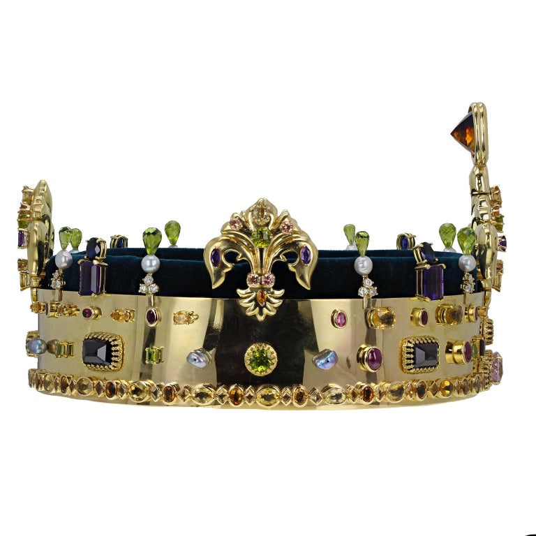 18 Carat Gold Muti Gem Set Coronet In Excellent Condition For Sale In Newcastle Upon Tyne, GB