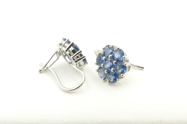 18 Carat White Gold Sapphire and Diamond Earrings In New Condition For Sale In Splitter's Creek, NSW