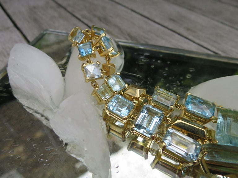 4ba38e7c31866 18ct Yellow Gold and Aquamarine Gemstone Cuff Bracelet