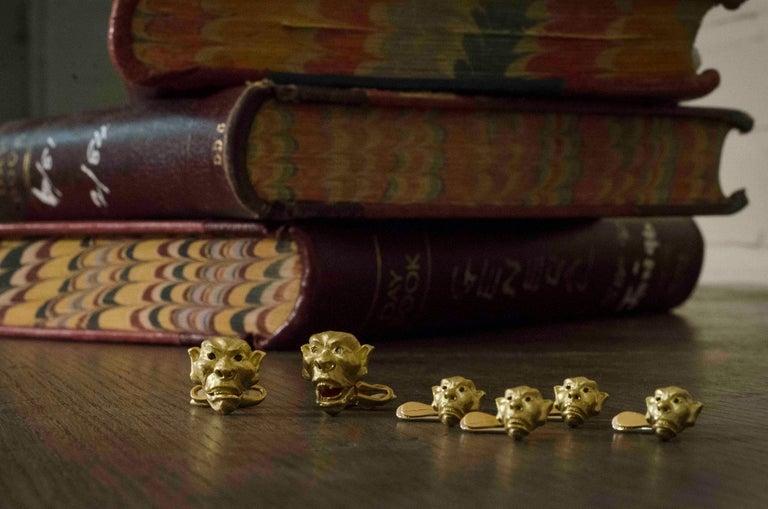 Round Cut 18 Karat Yellow Gold Moving Gargoyle Cufflinks with Diamond Eyes For Sale