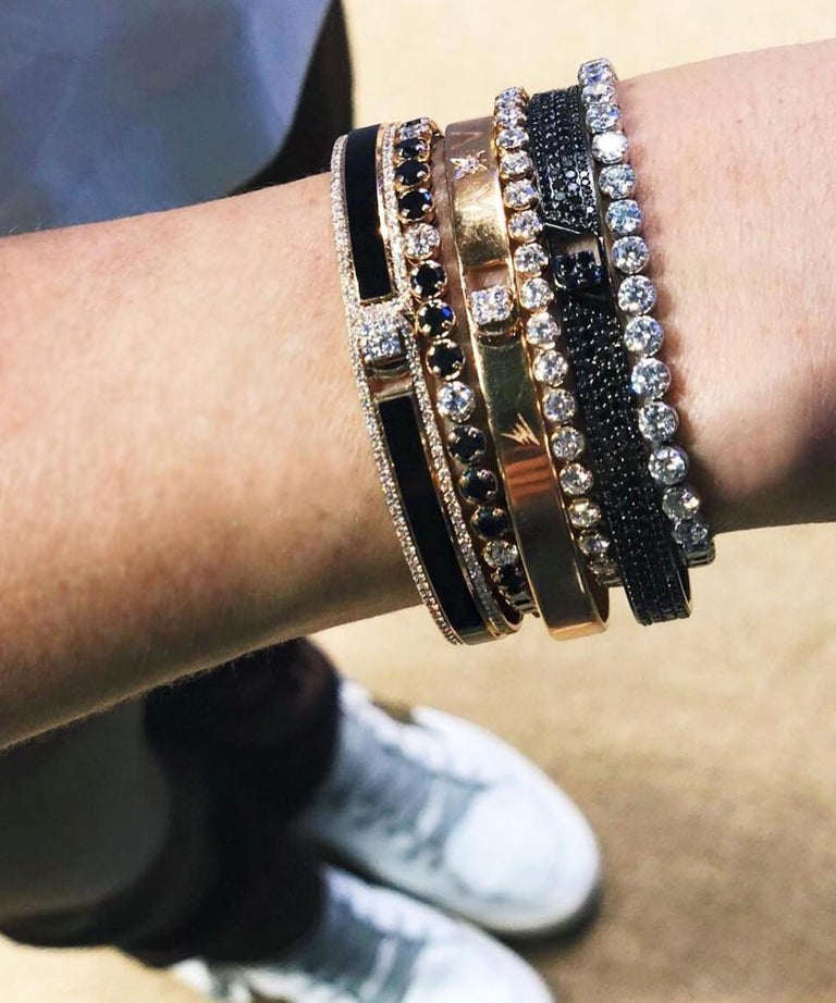 18k & 1.65 Carat Black Border Spectrum Rose Gold and Diamonds Bracelet by Alessa In New Condition For Sale In London, GB
