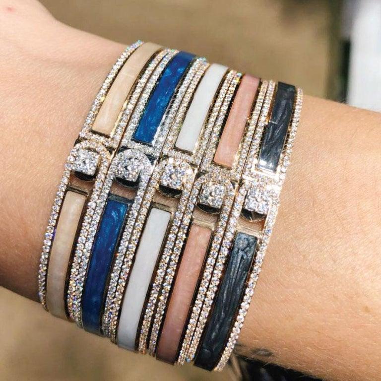 Women's 18K & 1.65 cts Black Border Spectrum Rose Gold & Diamonds Bracelet by Alessa For Sale