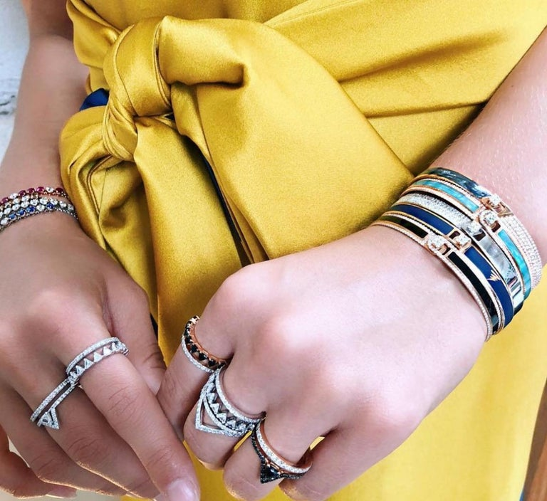Contemporary 18K & 1.65 cts White Border Spectrum White Gold & Diamonds Bracelet by Alessa For Sale