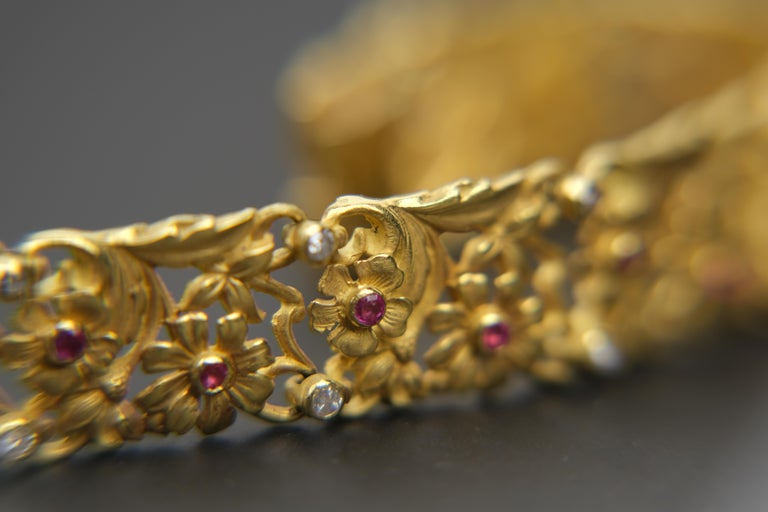 18 Karat Art Nouveau Style Ruby and Diamond Panel Bracelet In Good Condition For Sale In Bradford, Ontario