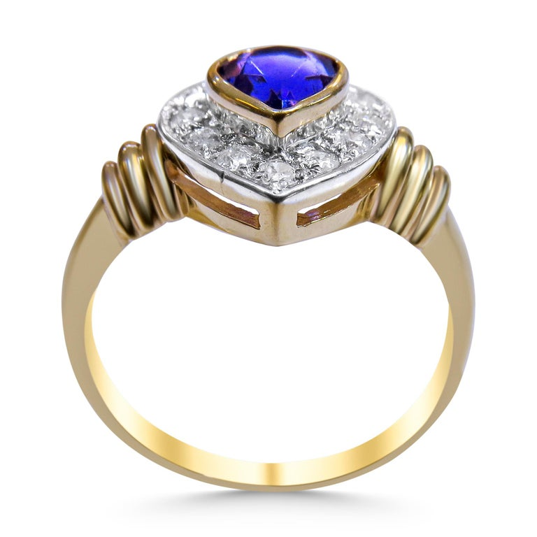 Art Deco 18 Karat Diamond and Amethyst Ladies Ring For Sale