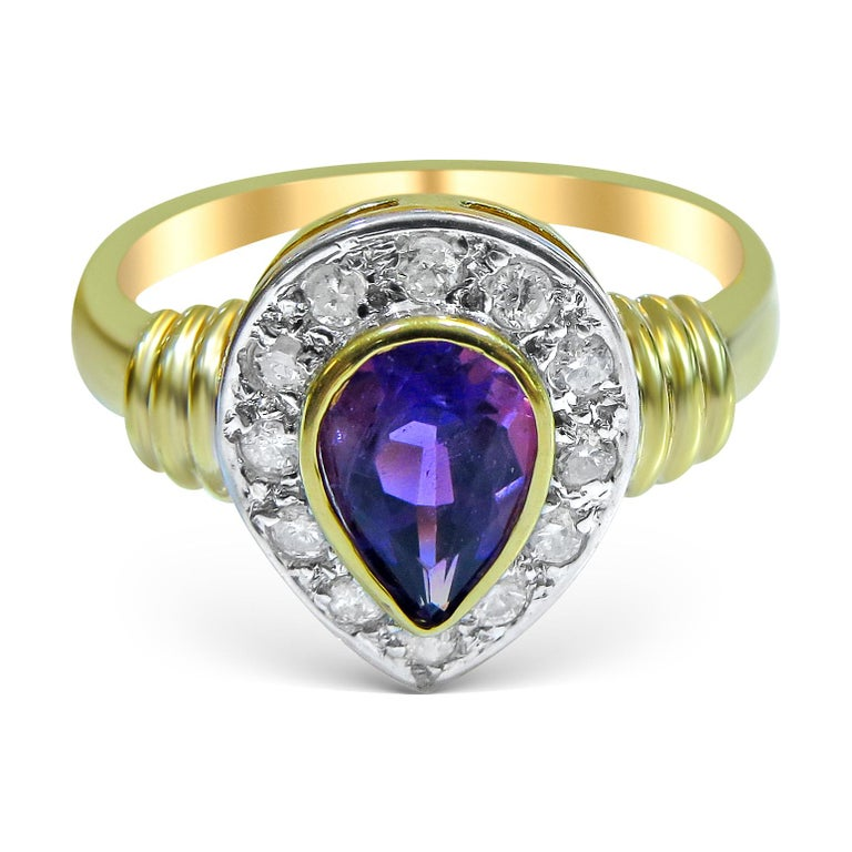 18 Karat Diamond and Amethyst Ladies Ring In Excellent Condition For Sale In Jackson Heights, NY
