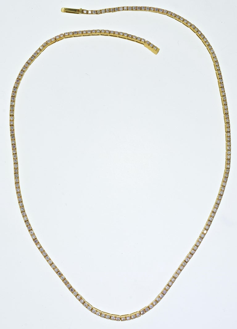 18 Karat Diamond Contemporary Necklace In Excellent Condition In Aspen, CO