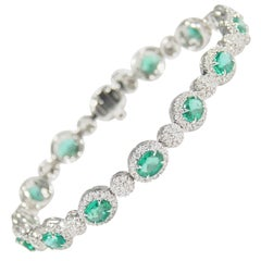 18 Karat Diamond Emerald Tennis Bracelet White Gold