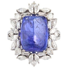 18 Karat Gold 14.0 Carat Tanzanite Diamond Ring