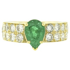 18k Gold 1.80ct Pear Cut Emerald Solitaire & Pave Round Diamond Engagement Ring