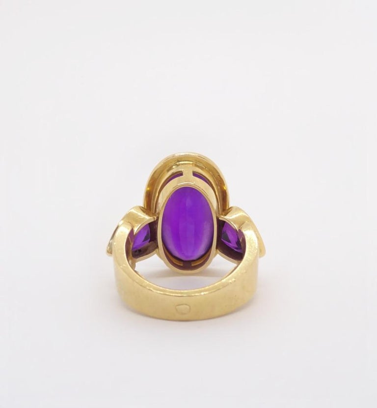 Oval Cut 18 Karat Gold and Amethyst Ring, circa 1970 For Sale
