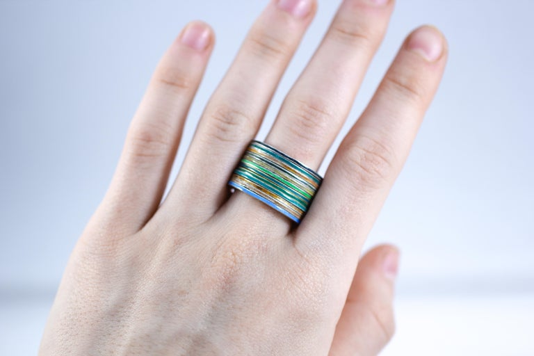 18K Gold and Silver Enamel Rings Stack Bridal Anniversary or Fashion Unisex Band In New Condition For Sale In New York, NY