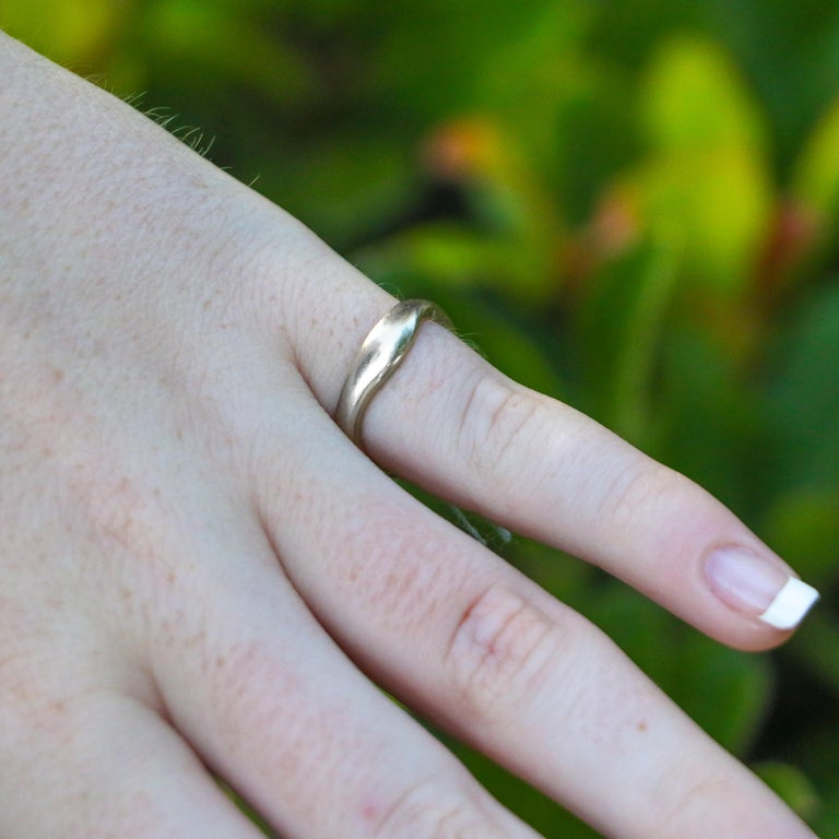 Women's or Men's 18k Gold Cartier Wave Stack Rings For Sale