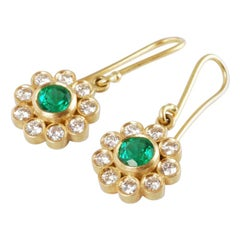 18k Gold Drop Flower Earrings with Emeralds 1 Carat and Brilliant Cut Diamonds