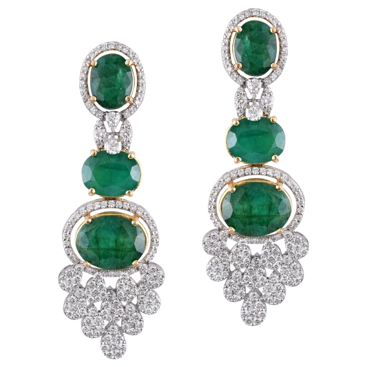 18 Karat Gold Emerald White Diamond Chandelier Earrings