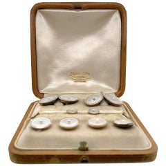 18k Gold Marcus & Company Cufflinks Stud Set With Mother Of Pearls Sea Pearl