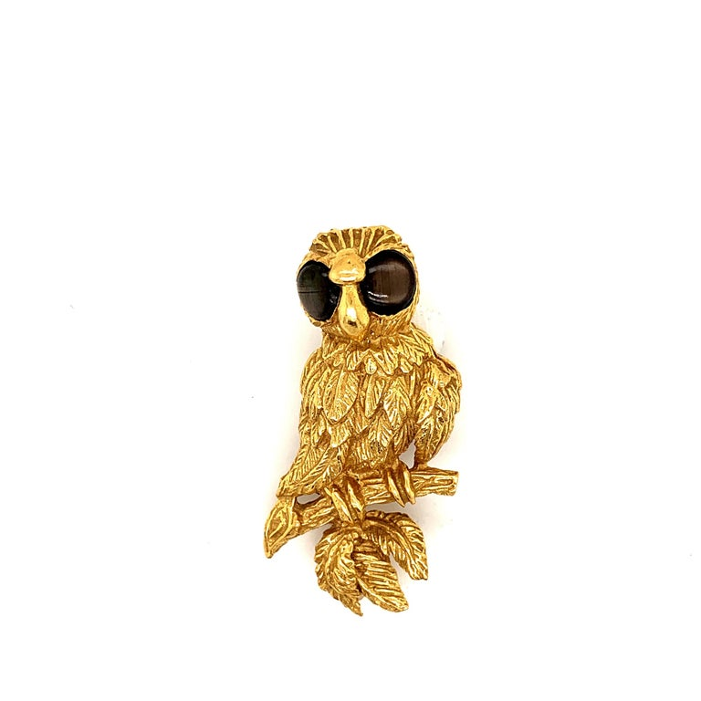 18K Gold Owl Brooch Pin In Excellent Condition For Sale In New York, NY
