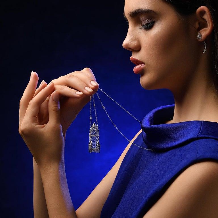Sybarite Jewellery 4.16 Carat Briolette Cut Diamond Pendant 18 Karat Gold For Sale 1