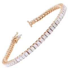 18 Karat Gold Princess Cut White Diamond Bracelet